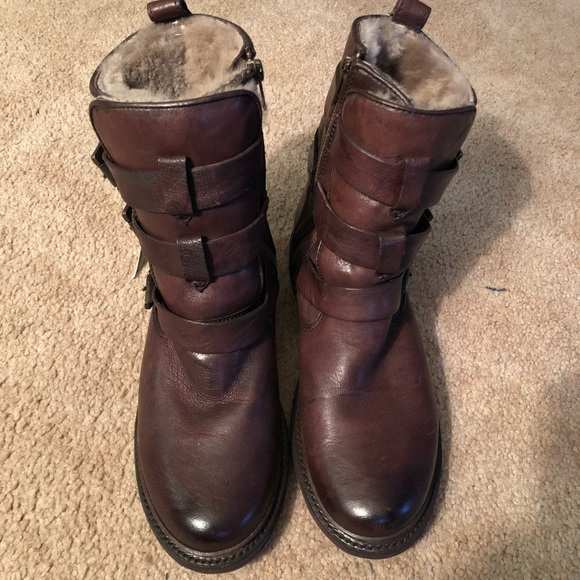 3c81931170c25 Frye Shoes | Size 8 Valerie Shearling Strappy Boot | Poshmark